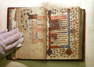 Photograph of a double page from the Book of Hours.